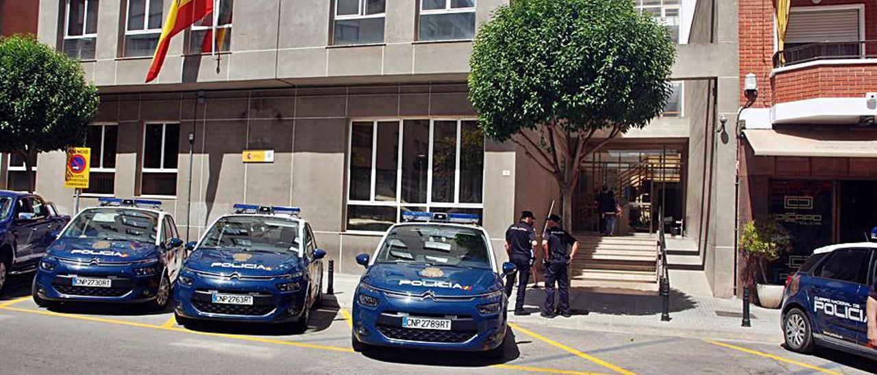La comisaría de la Policía Nacional de Gandia.   LEVANTE-EMV