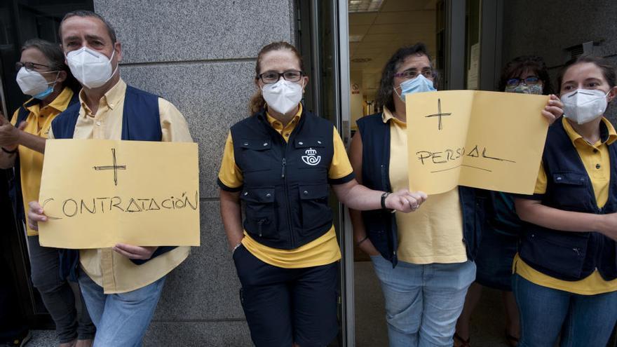 Personal de Correos de Entrepeñas, en huelga indefenida para denunciar que no se cubren las bajas