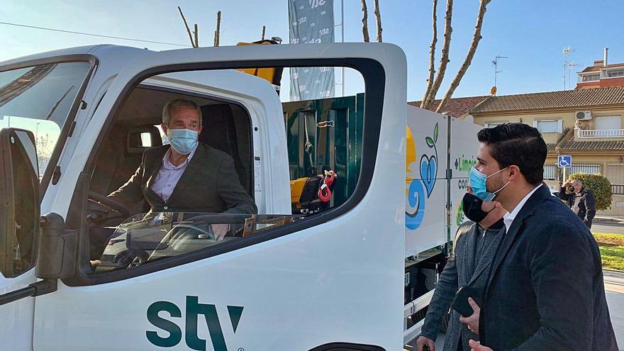Pilar de la Horadada refuerza el servicio de basura al aumentar las zonas urbanizadas