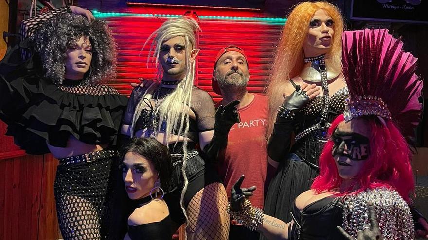 La fuerza del drag y la fantasía del rock: Un 'show' con acento malagueño