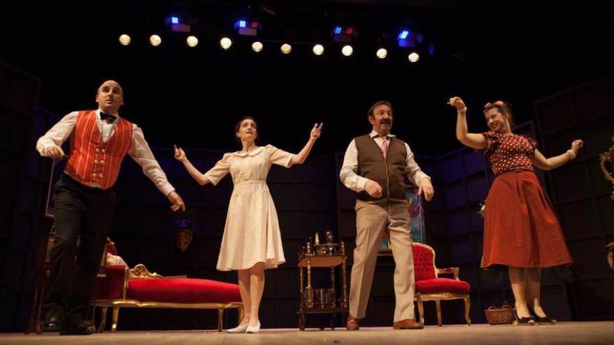 """""""Teatro Margen"""" lleva a escena """"Vuelva mañana"""" en El Entrego"""
