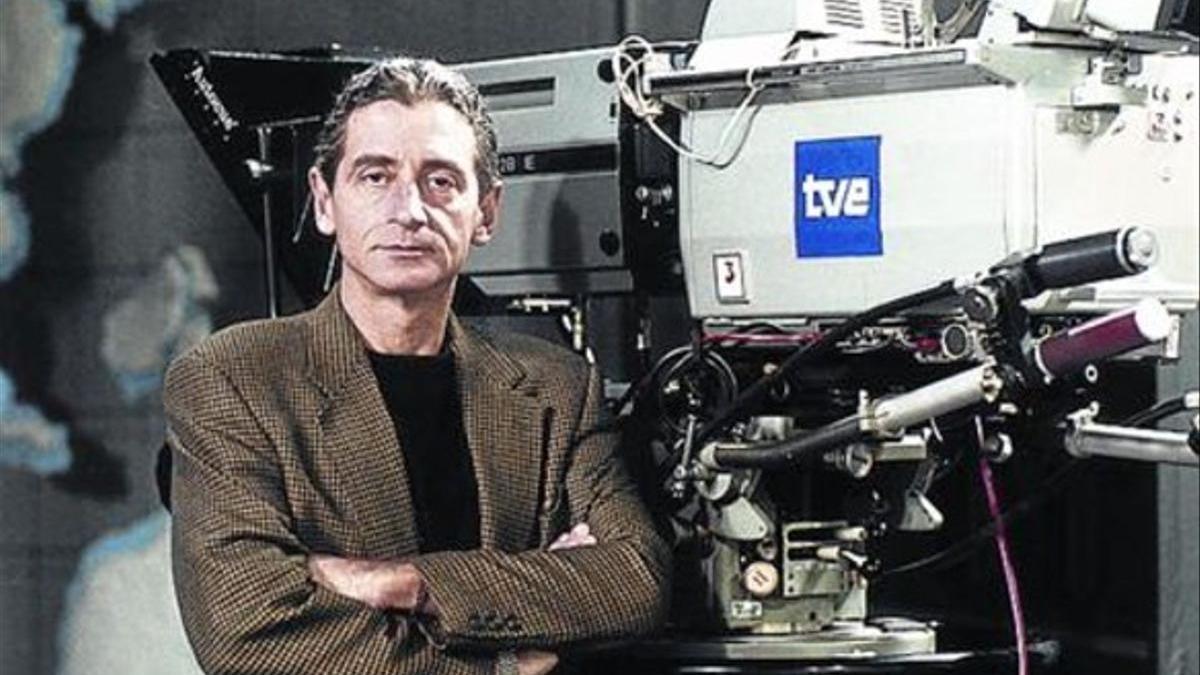 'CINEMA DAYS'    Antonio Gasset, its most charismatic presenter, in 1995.