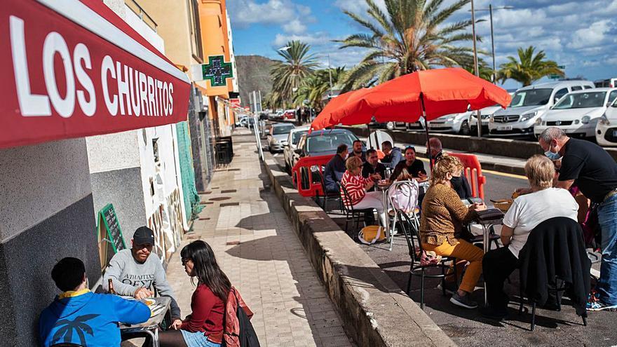 Santa Cruz de Tenerife valora adelantar la retirada de las terrazas exprés de los aparcamientos