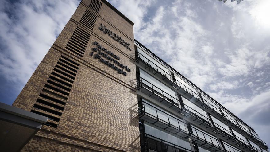 Así es la nueva Facultad de Enfermería y Podología de la Universitat de València