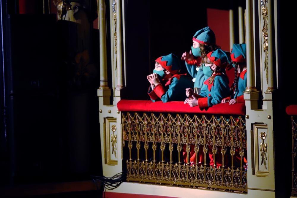 Papá Noel llega al Romea
