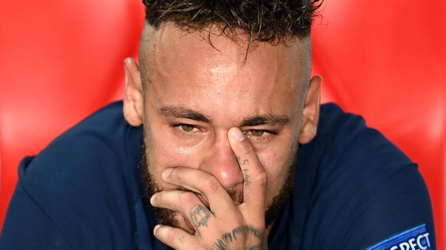 Neymar, Di María y Paredes dan positivo en coronavirus