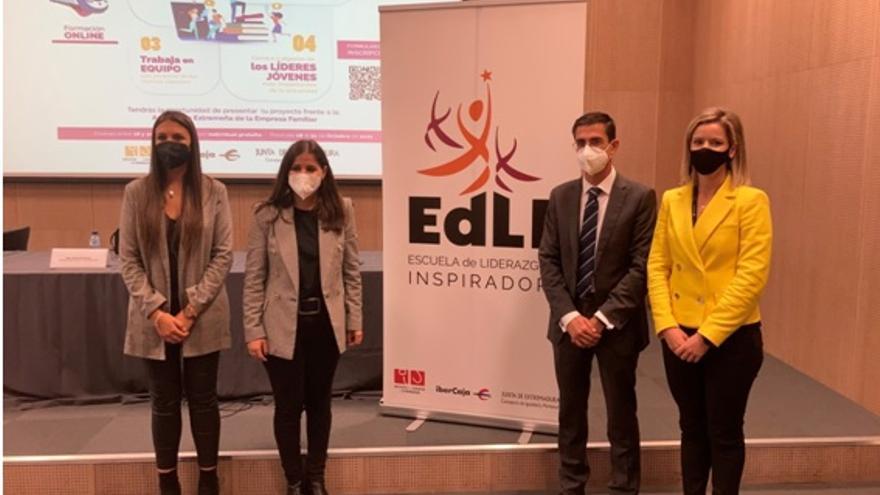 La Escuela de Liderazgo Inspirador abre nuevas oportunidades para los jóvenes de Extremadura