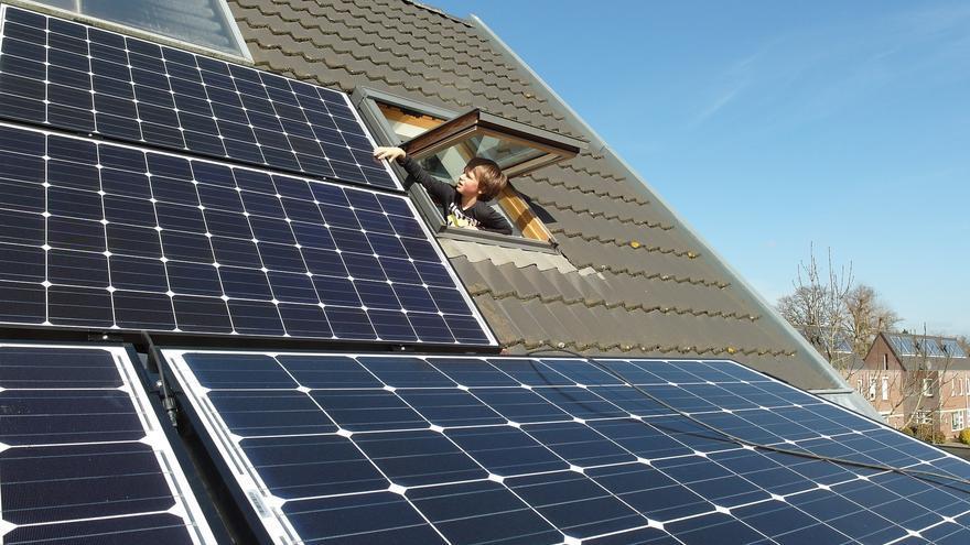 Energías renovables | ¿Quieres ahorrar luz en tu empresa?
