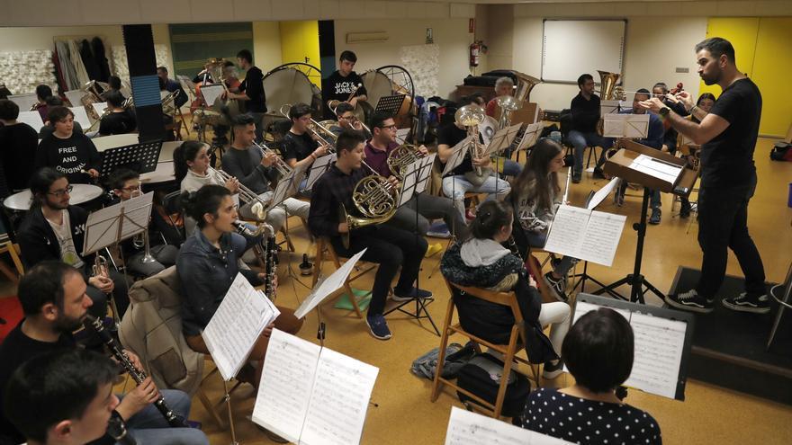 La Escola de Música de Chapela demanda unas mayores instalaciones