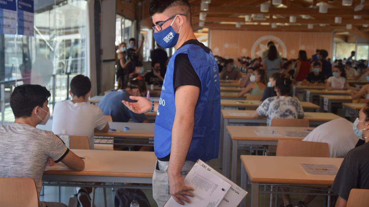 A mediados de mes ya se habrán examinado los 200.000 jóvenes de toda España.
