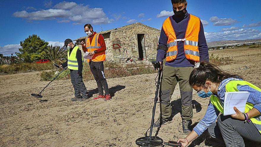 Buscan la fosa con las víctimas del campo de concentración de Albatera