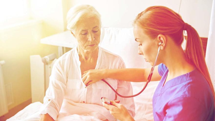 La suplementación que podría ayudar a respirar a ancianos