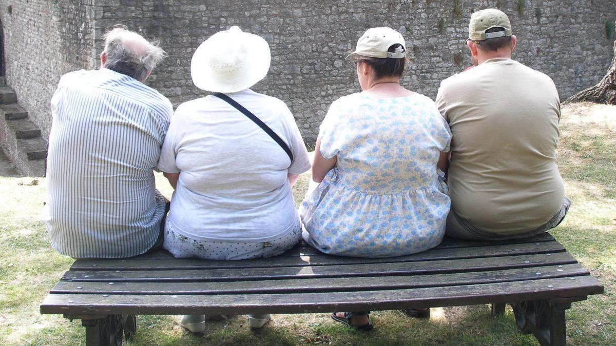 Tiene una duración de 4 meses y el paciente puede lograr una pérdida de hasta el 70 % del exceso de peso