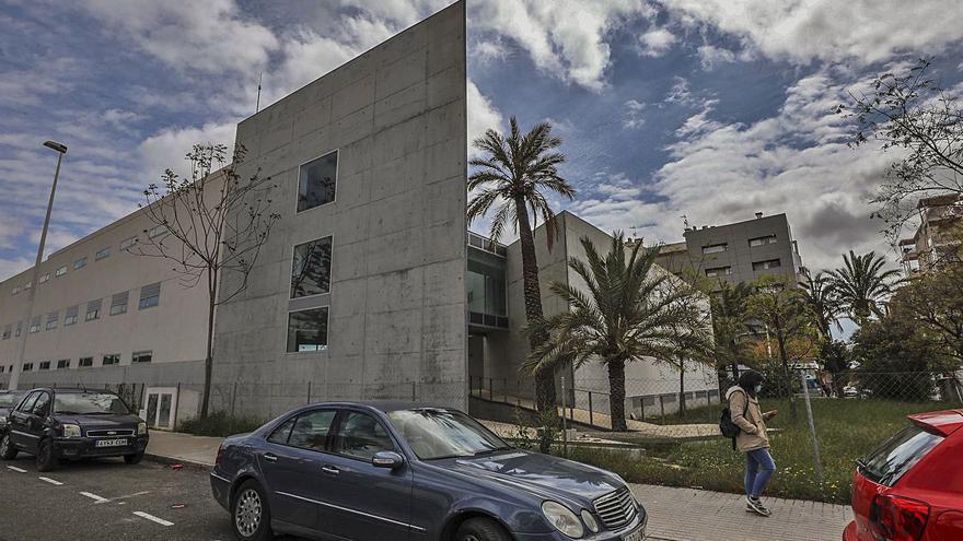 La UMH comenzará en dos meses las obras en la residencia para que entre en servicio en un año