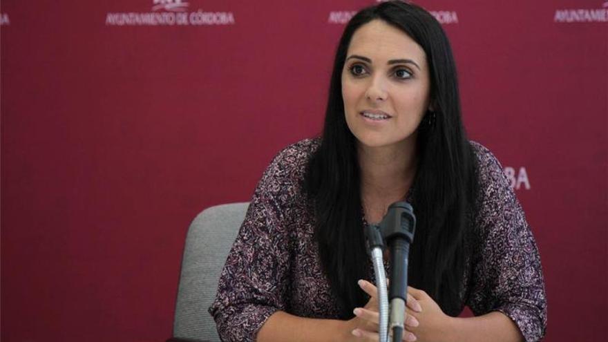 El PSOE pide al delegado del Gobierno de la Junta acelerar la climatización de colegios