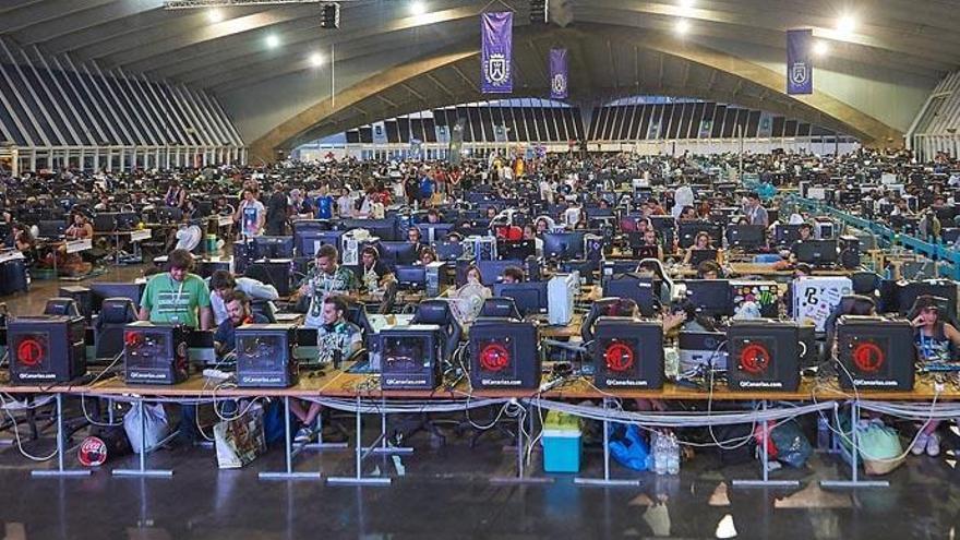 TLP lleva a Tenerife expertos en computación cuántica de IBM y Google