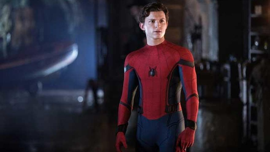 Tom Holland, así es Peter Parker dentro de los trajes de Spider-man