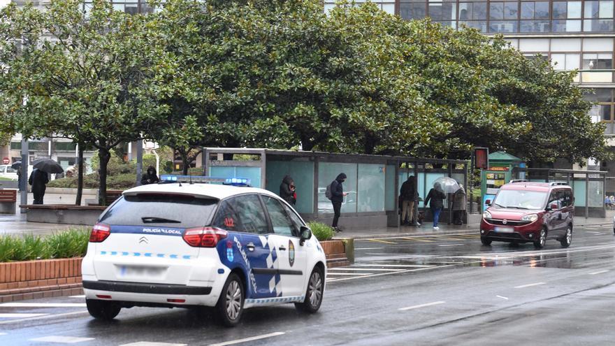 Buscan a un exhibicionista sospechoso de abusos en A Coruña