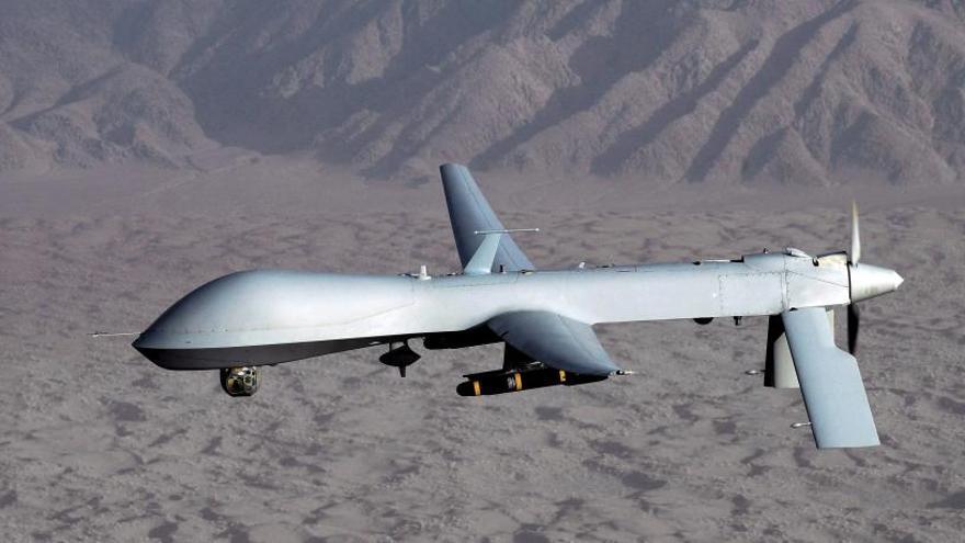 Un misil de Irán derriba un dron de EEUU en el estrecho de Ormuz