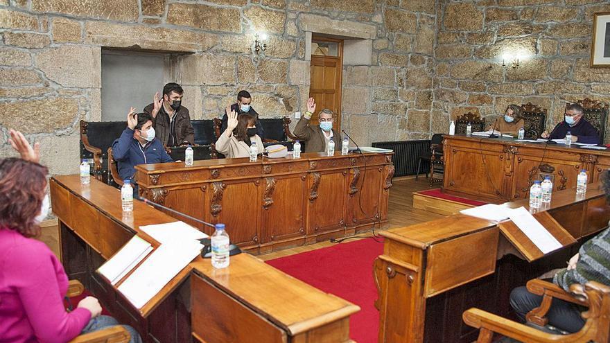 Silleda acuerda por unanimidad eximir a la hostelería de las tasas de basura y terrazas