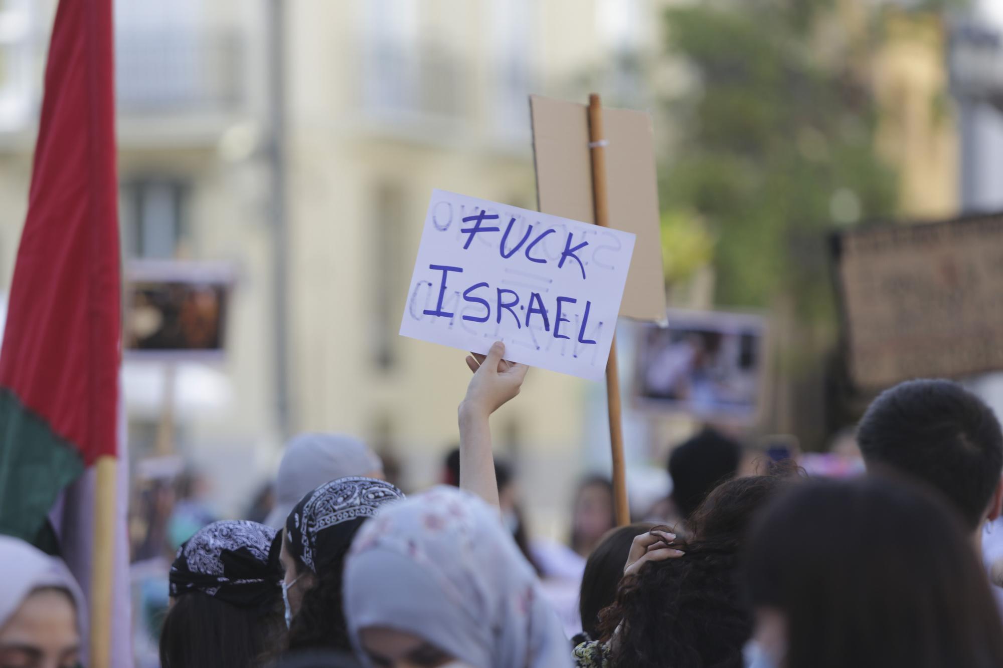 """Una concentración en València denuncia la """"masacre"""" en Gaza contra el pueblo palestino"""