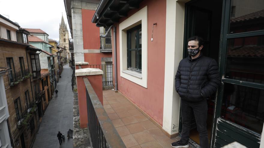 """Oviedo insta al Principado a desalojar a los """"okupas"""" del edificio junto a la Catedral"""