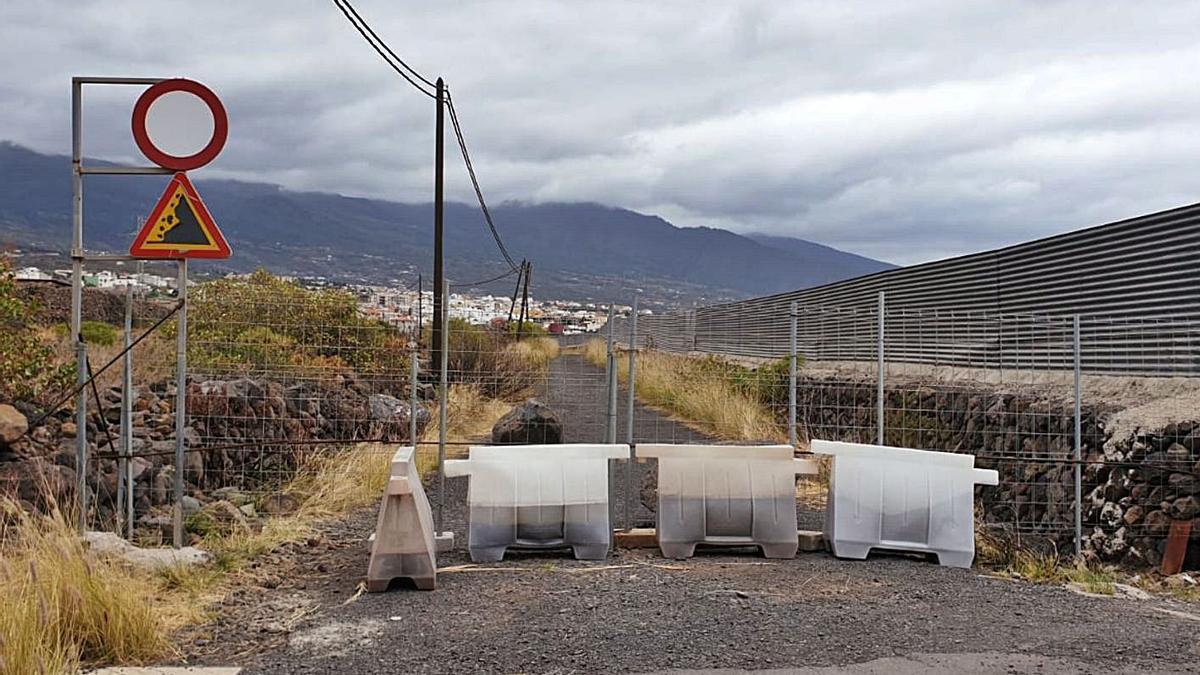 Camino rural cerrado por el Ayuntamiento de Güímar.