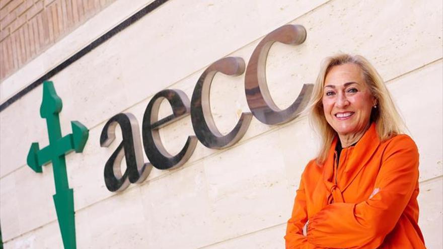 Mª Auxiliadora Cabanás: «La AECC fue pionera en la detección precoz»