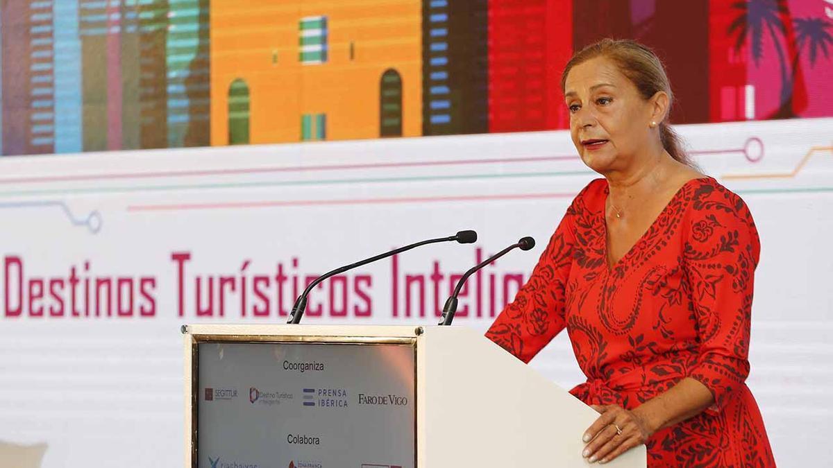 Carmela silva, durante su intervención