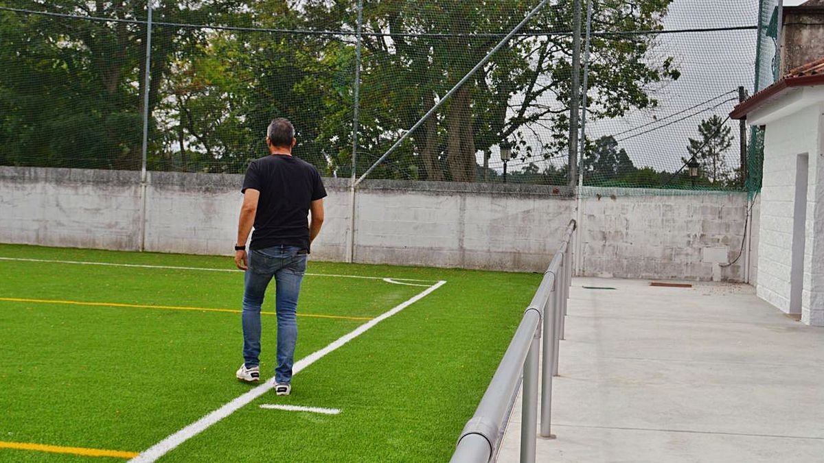 Tomiño pone a punto sus campos de fútbol para esta temporada   FDV