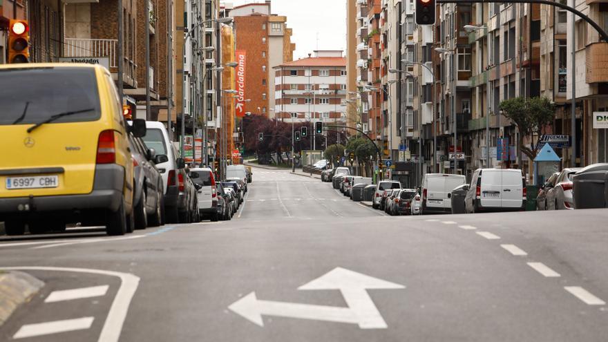 El carril bus en Pablo Iglesias quitará 78 plazas para aparcar