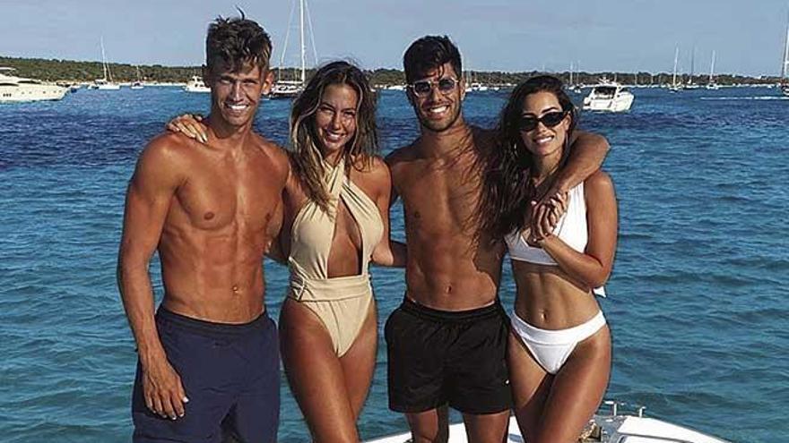 Dos ases del fútbol navegan por Mallorca