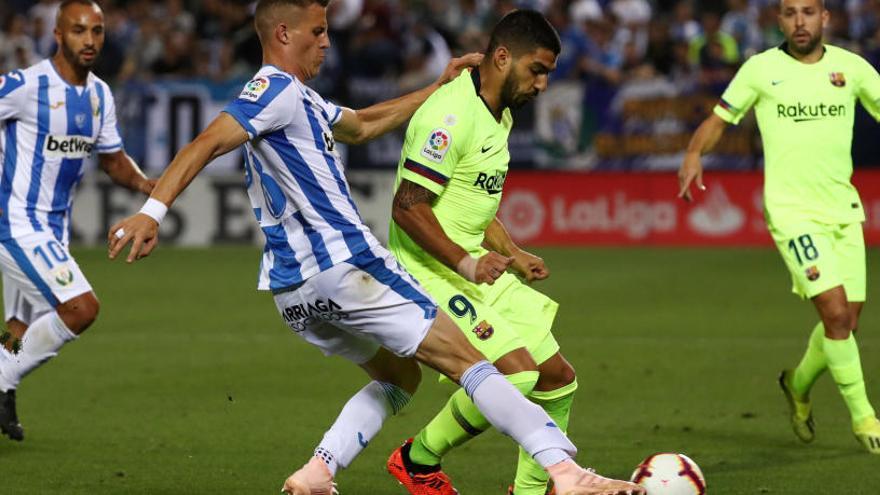 Messi rescata el Barça contra el Leganés
