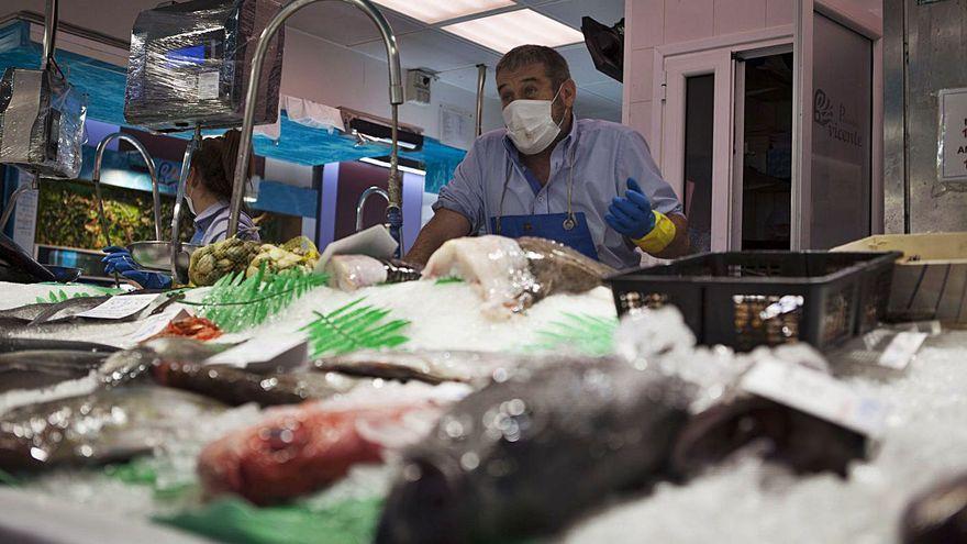 El cierre de la hostelería ya azota a la pesca: la caída de precios es del 50%