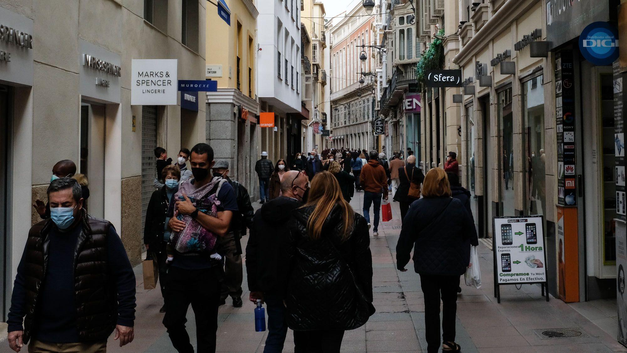 Ambiente en el Centro de Málaga en este festivo lunes, 1 de marzo