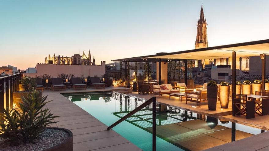 CaixaBank lanza el premio Hotels & Tourism