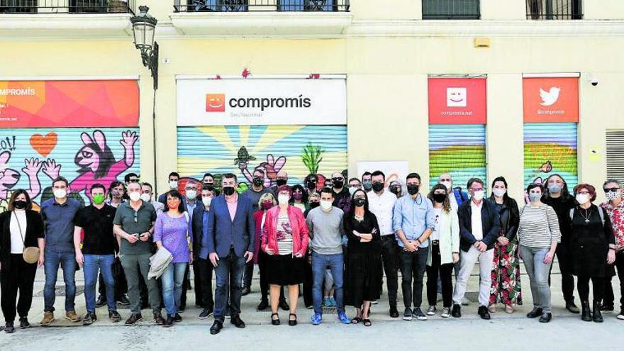 El Bloc acentúa su apertura tras el  «sorpasso» de sus aliados en Madrid