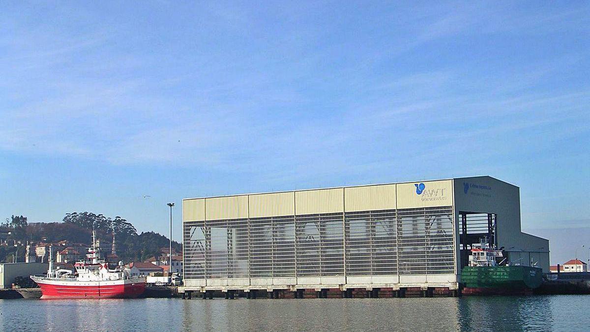 Terminal cubierta en el Puerto de Marín.