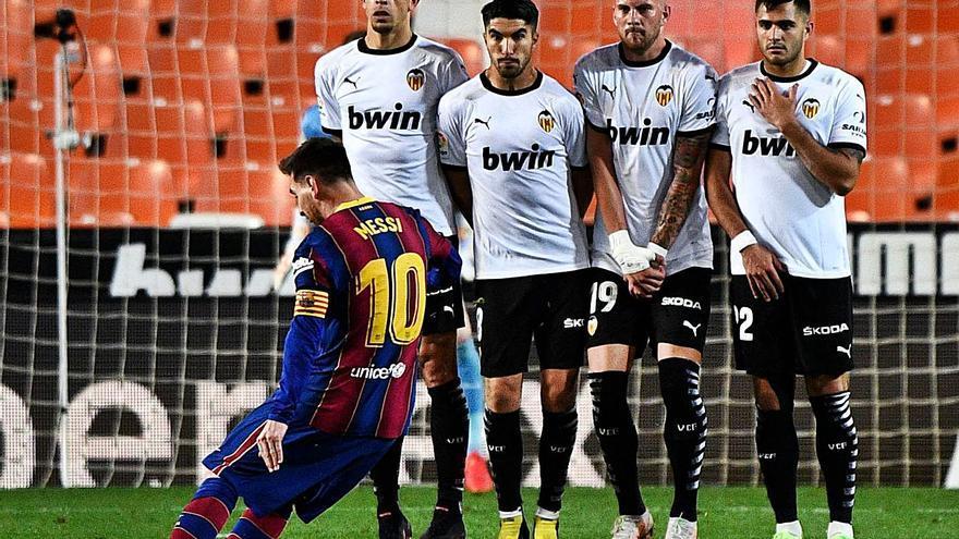 El Barcelona mantiene el pulso