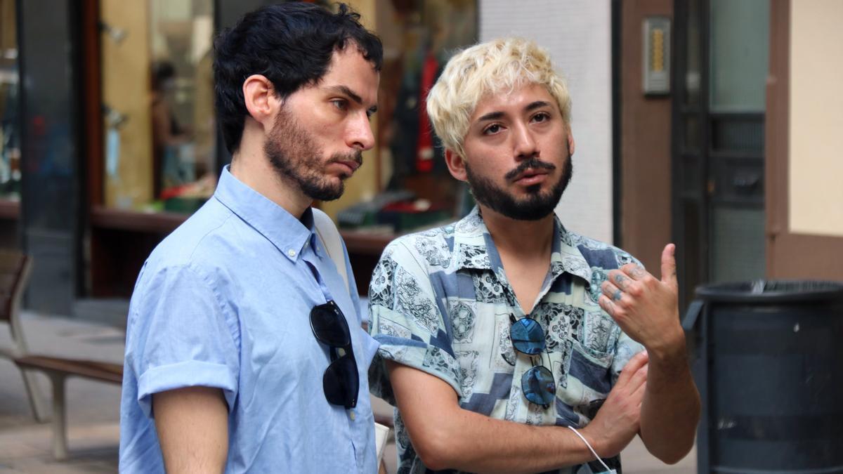 El Yuri i l'Andree, una parella que va patir una agressió homòfoba a Gràc