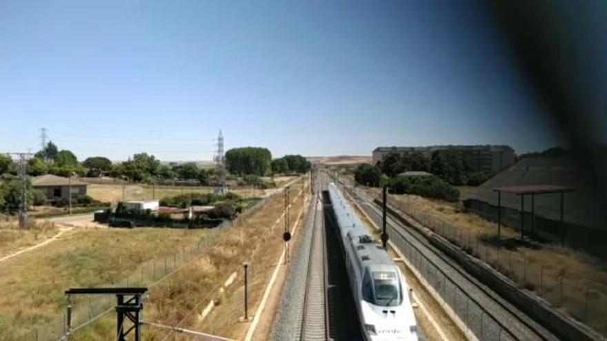 """Los trenes """"pato"""" participan en Zamora en las pruebas del nuevo sistema de seguridad ERTMS nivel 2"""