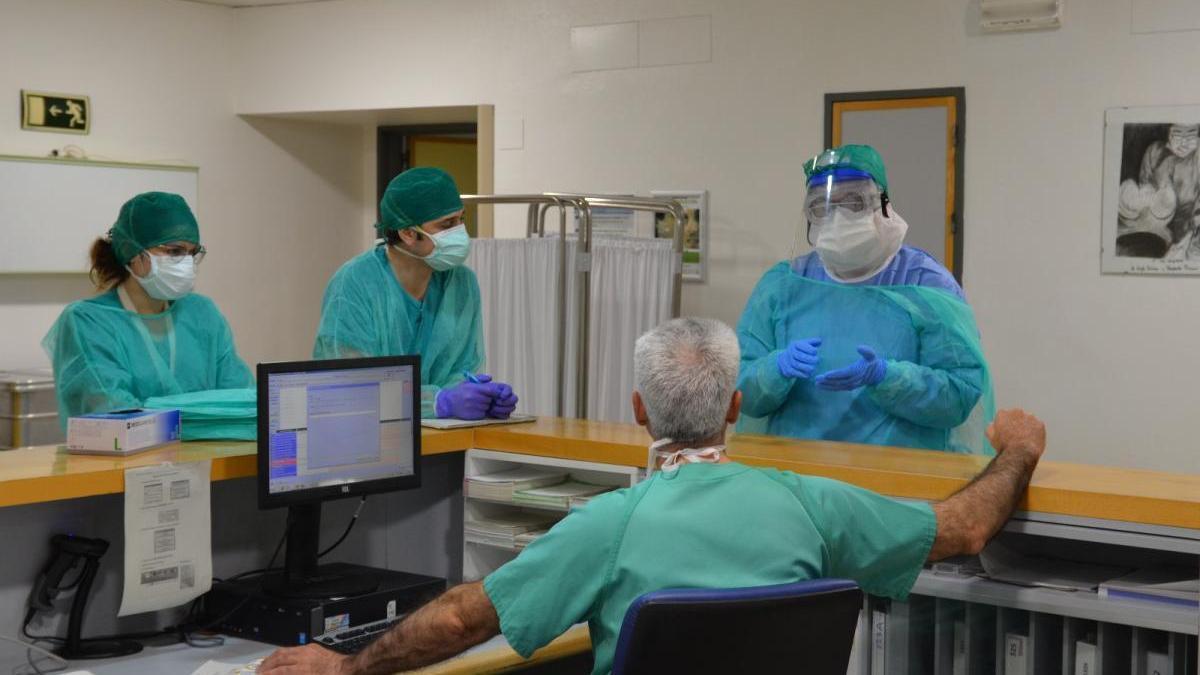Notificados 71 nuevos casos positivos de coronavirus en Córdoba y siguen subiendo los ingresos