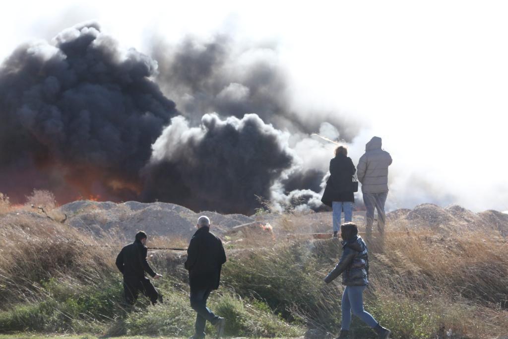 Fuego en el polígono Canastell de San Vicente del Raspeig