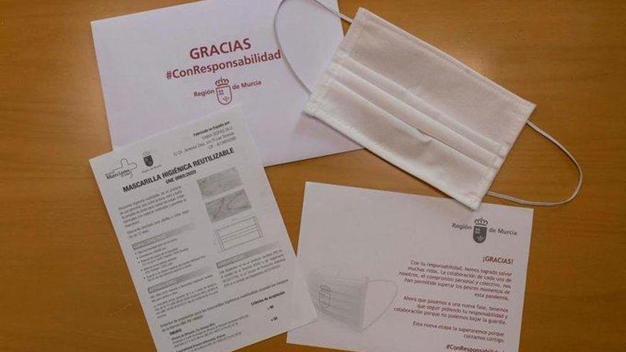Comienza el envío de 500.000 mascarillas por correo postal a los murcianos