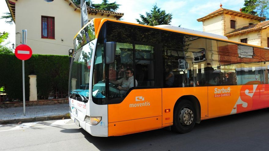 La línia de bus exprés e6: Figueres-Roses ofereix la previsió d'ocupació amb una app