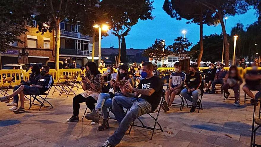 La música urbana del grup FMP Crew tanca el Cicle Musical d'Abrera a la plaça de Rafael Casanova