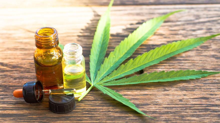 El consumo de cannabis medicinal para aliviar la migraña causa otro tipo de dolor de cabeza