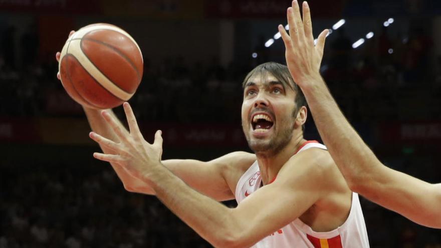 España barre a Serbia y se cita con Polonia en cuartos