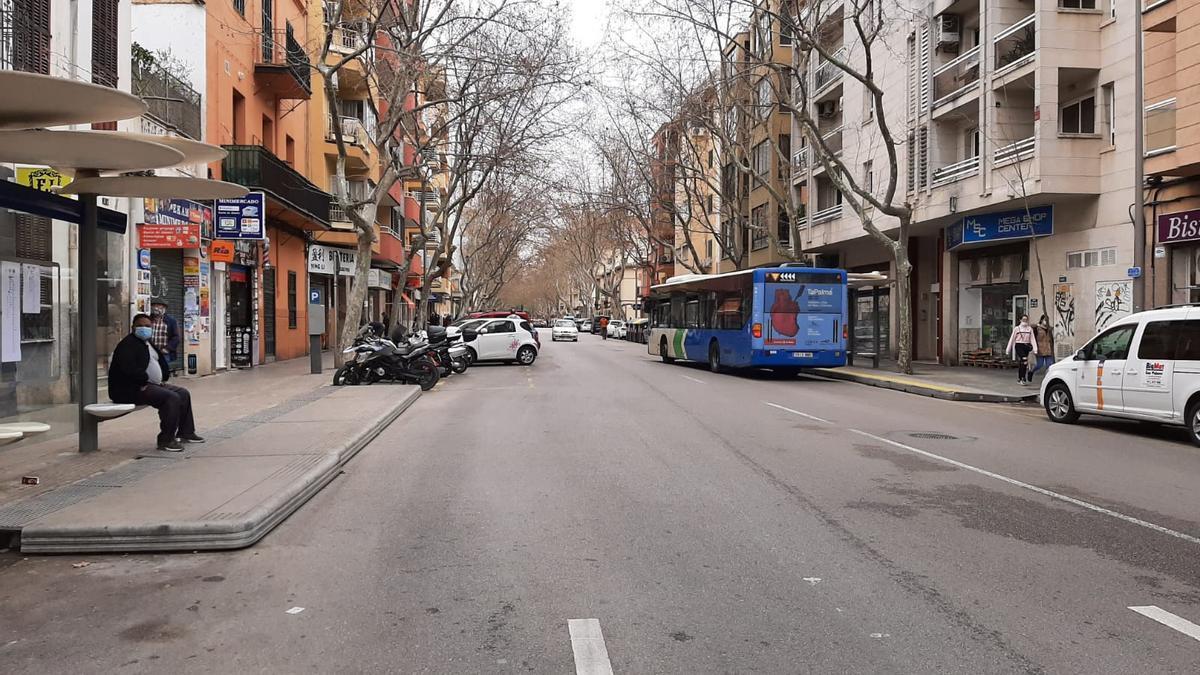 La calle de Arquebisbe Aspàreg.