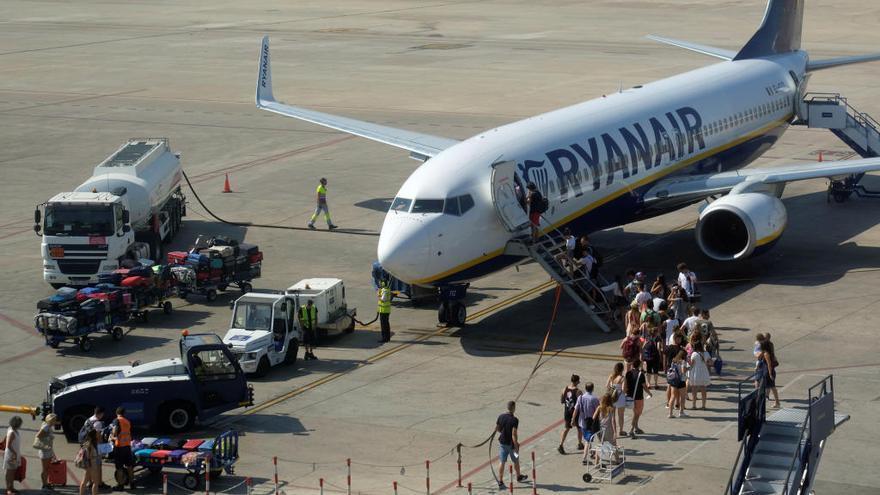 Ryanair lanza su calendario de destinos para el verano de 2020 desde València